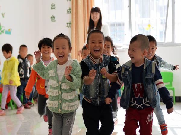 """甘肃省农村幼儿园精准建设项目 补齐学前教育 """"短板"""""""