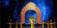 《千手观音》央视春晚版经典重现 中国残疾人艺术团为兰州带来艺术盛宴(组图) - 中国甘肃网