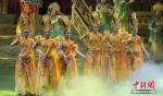 美女献舞(资料图)。 南如卓玛 摄 - 甘肃新闻