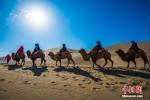 今年春节期间,丝绸之路国际旅游名城甘肃敦煌迎来旅游高潮。 - 甘肃新闻