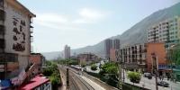 中铁兰州局整治铁路沿线环境打造美丽铁道风景线 - 人民网