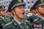 图为李二强正在训练的图片。 钟欣 摄 - 甘肃新闻